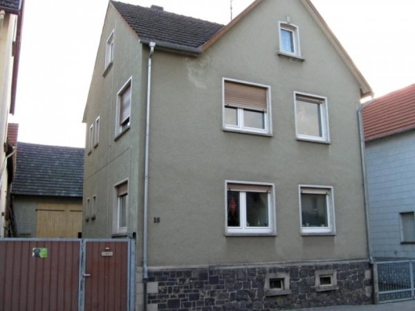 Grosses Zweifamilienhaus Pohlheim Watzenborn Steinberg